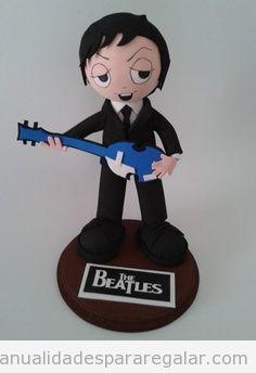 Manualidades para regalar a un novio o amigo, muñeco fofucho  The Beatles