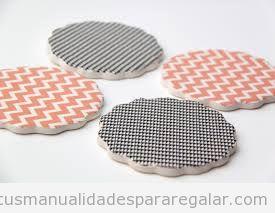 Posavasos hechos de goma eva y washi tape