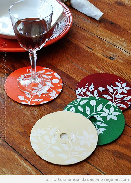 Tutorial manualidades regalar hechas con Cds o DVDs reciclados