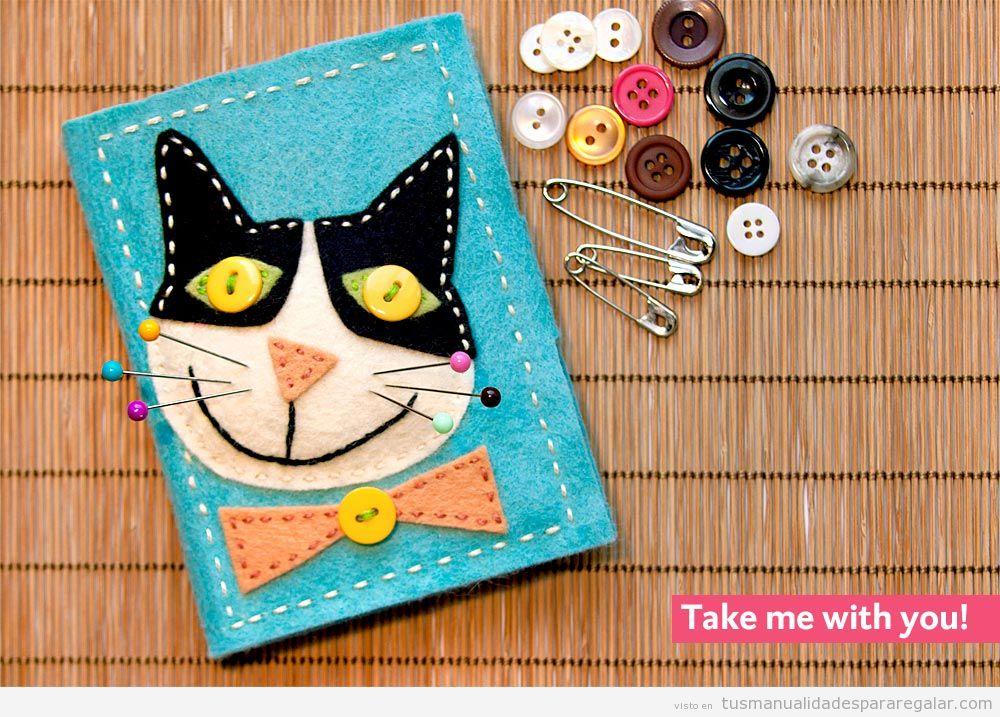 Kit de costura DIY hecho en fieltro, manualiad para regalar 2