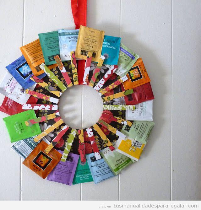 Manualidades fáciles regalar en Navidad, corona de bolsas de té