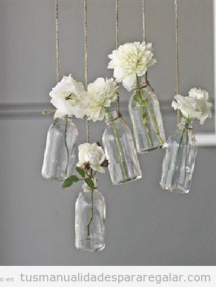 Regalos hechos a mano para mujeres-. botes de cristal y flores blancas