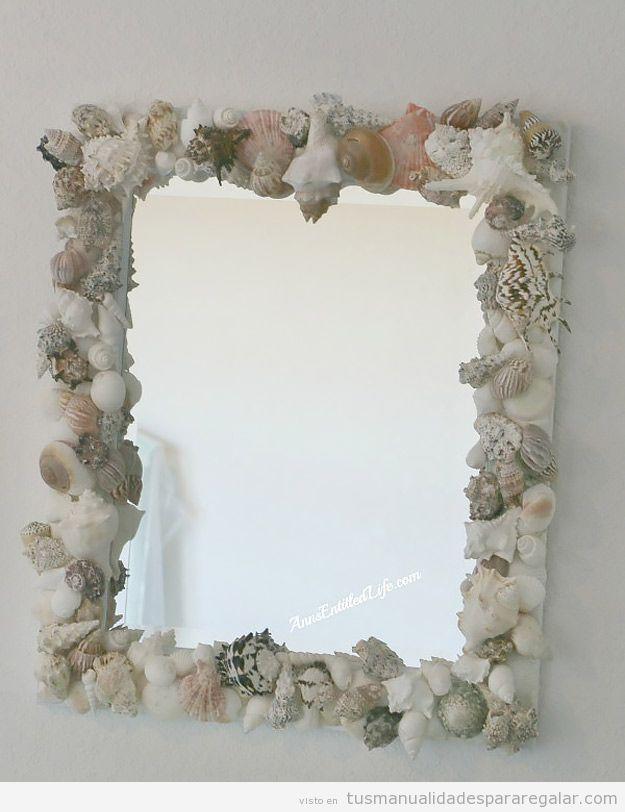 Espejo DIY decorado con caracolas y conchas marinas