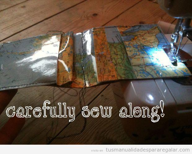 Tutorial cartera mapamundi plástico DIY para regalar, 2