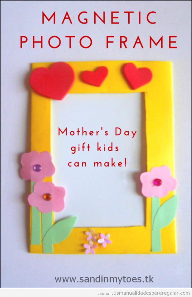 Manualidad con goma eva para Día de la madre, marco de fotos