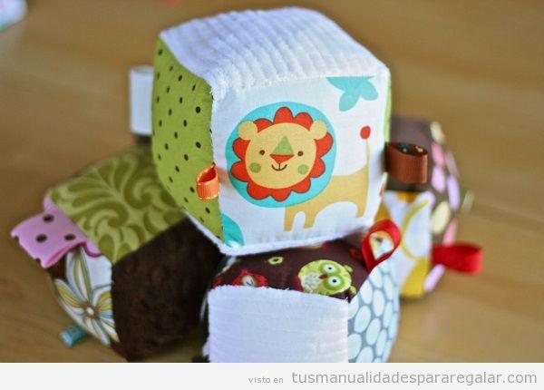 Manualidades regalar bebé, bloques blandos