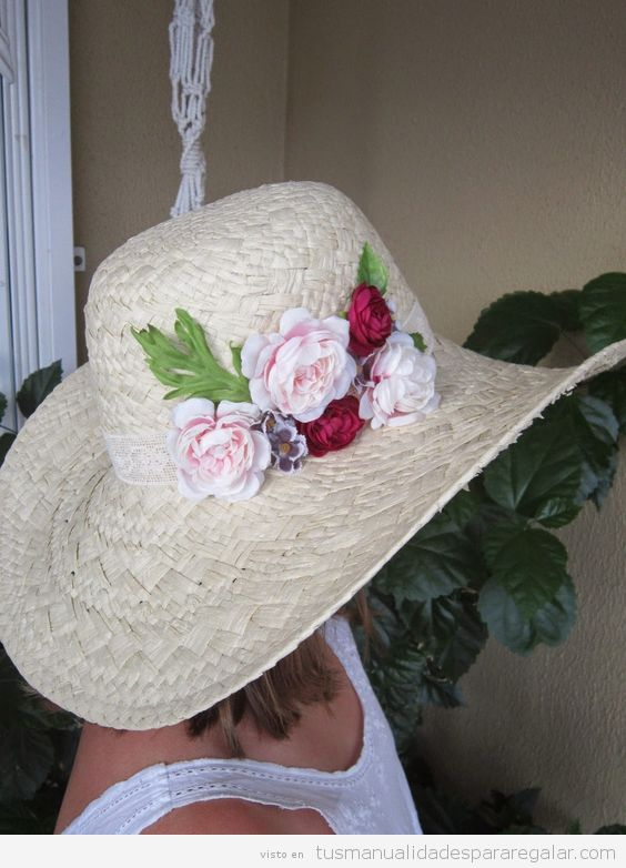 Sombreros DIY con flores