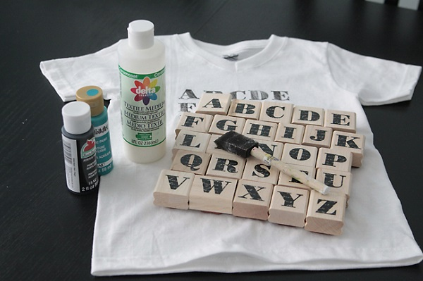 Camisetas estampadas DIY con sellos 12