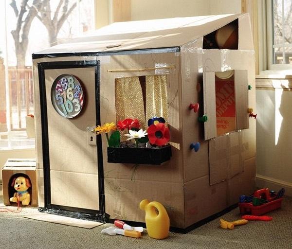 Juguetes DIY niños, casa de cartón
