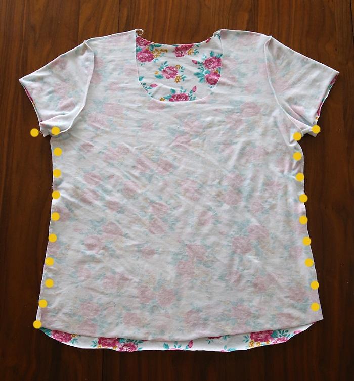 Cómo hacer camiseta cuello V paso 12
