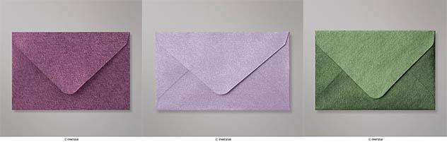 Sobres de papel texturado de colores