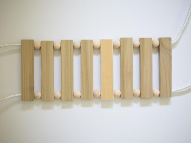 Cómo hacer un columpio de madera DIY paso 4