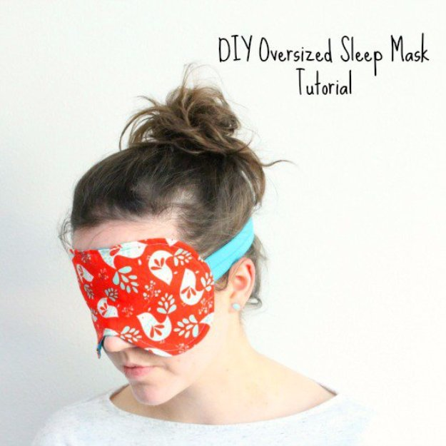 Manualidades de tela para regalar, máscara dormir