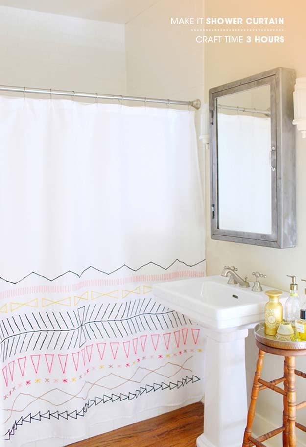 Cortina de baño decorada a mano